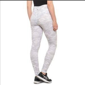 Scorpio Sol camo leggings w/ pockets